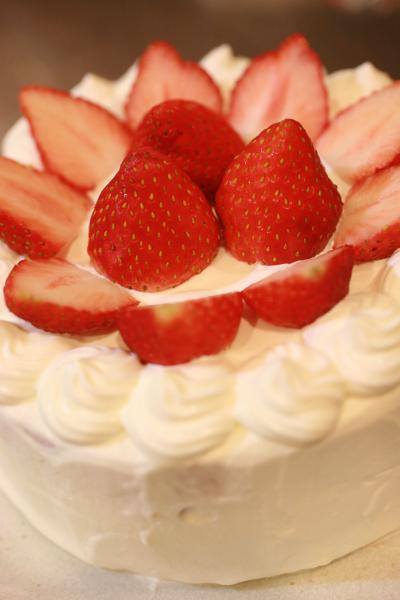 お誕生日ケーキ2012.02