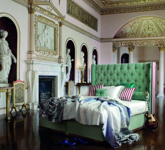 savoir_beds_introduces_75000_luxury_bed_savoir_no1_bed_tarlg.jpg