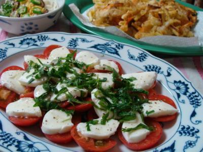 トマトとモッツアレラチーズ♪