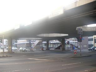 2011 116 T (104)