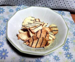 ポテトチップス 厚切りチョコポテト