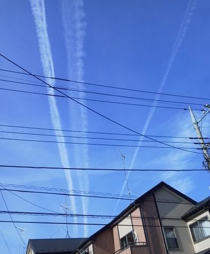 飛行機雲-1