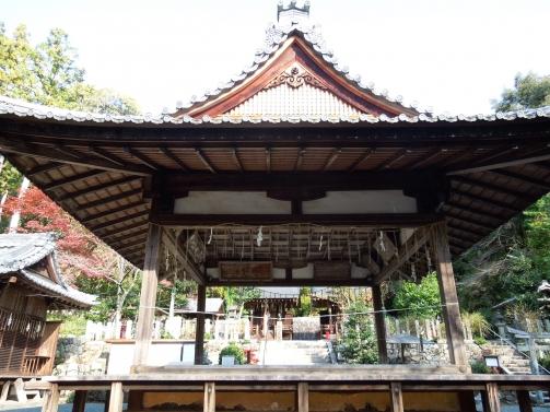 石座神社2
