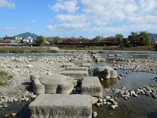 鴨川飛び石
