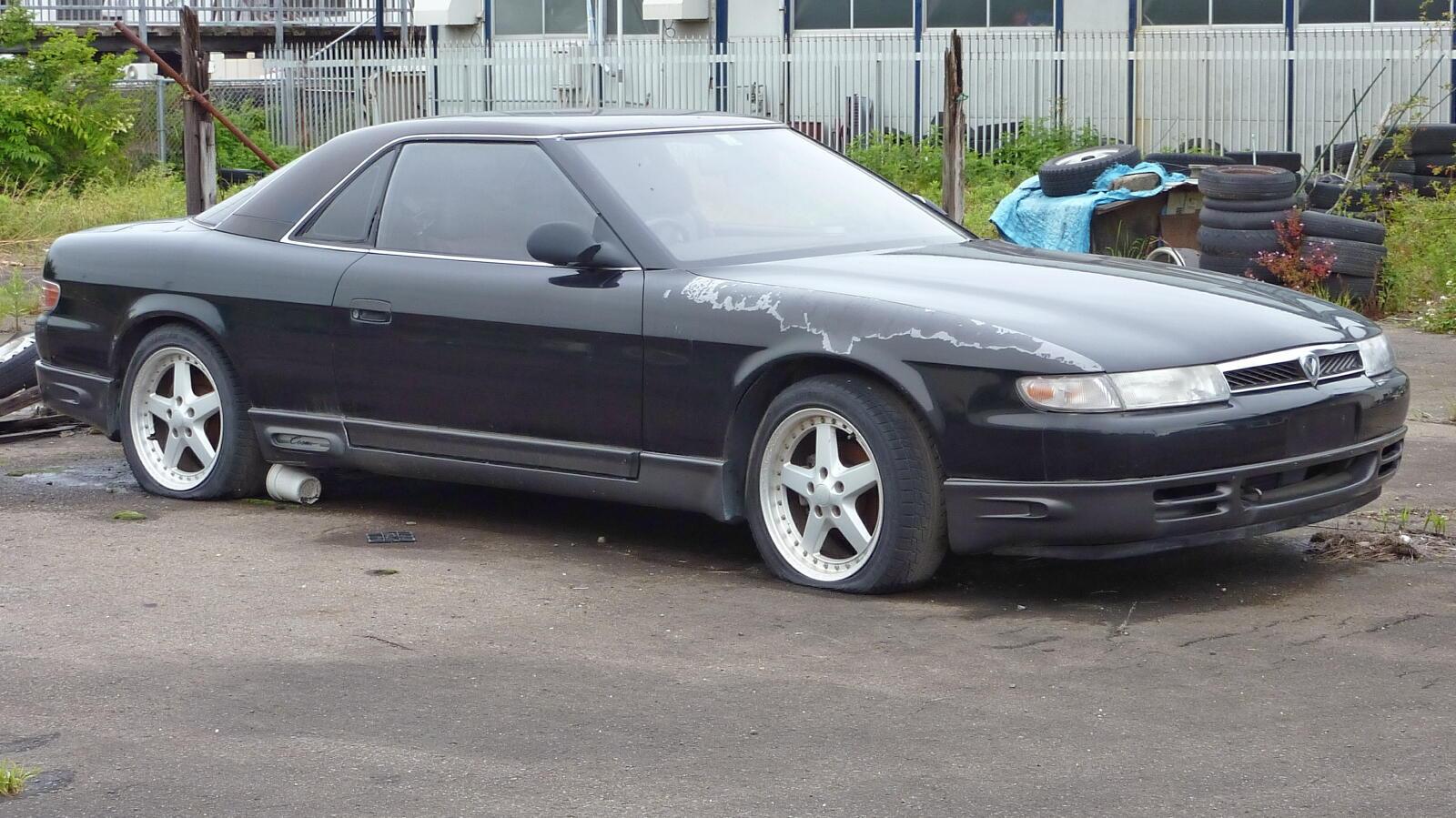 Mazda_Eunos_Cosmo.jpg
