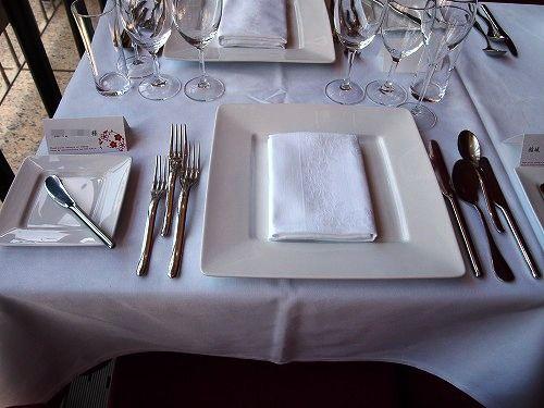 s-息子結婚始会場テーブルPA130621