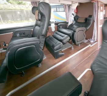 premium_seat2.jpg