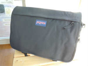 Jansport Computer Messenger Brief TCT9 (1)