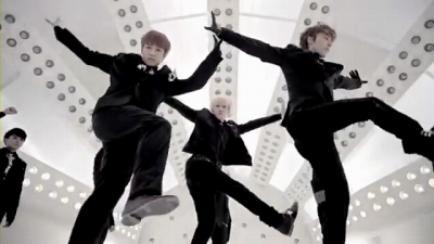 Super Junior_A-CHA_Music Video.mp4_000060644s
