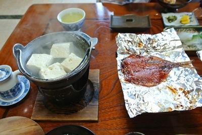 12日 朝食湯豆腐!