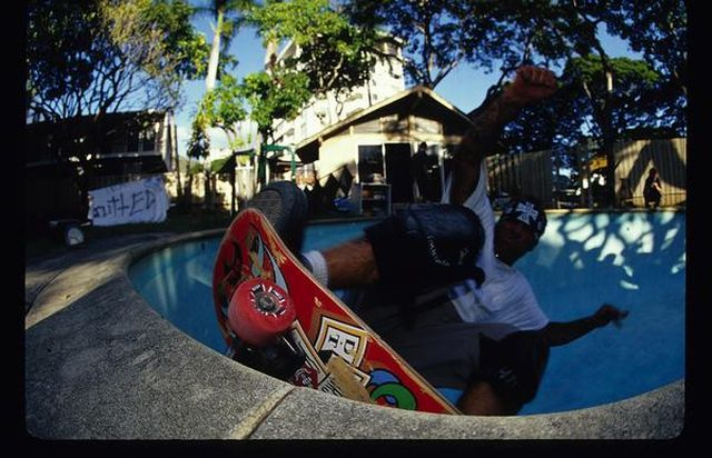 jay SKATE WHEN THE WAVES ARE BADl 640x412