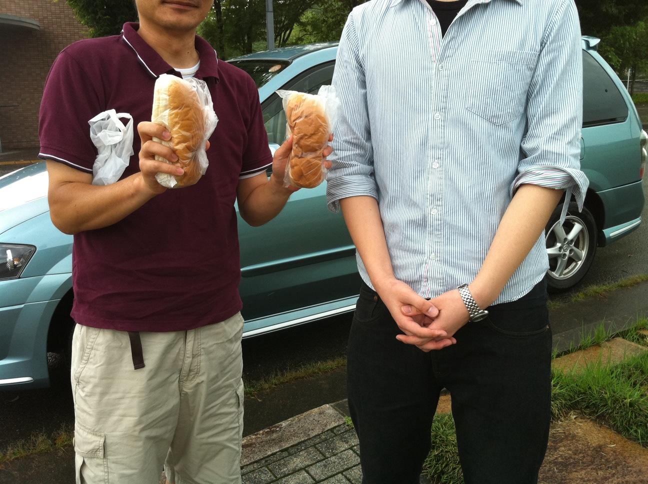 福田パン贈呈