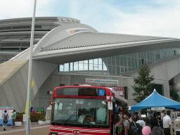 バス祭り会場3