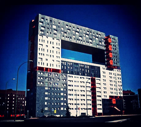 665px-Edificio_Mirador_28Madrid29_01.jpg