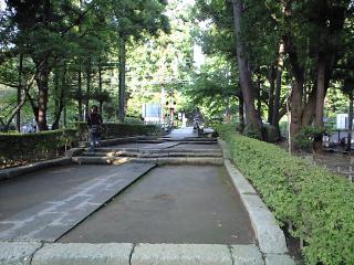北鎌倉駅の踏切