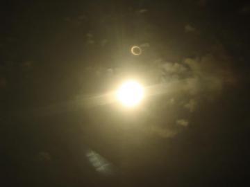 金環日食 (2)
