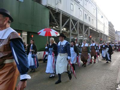 procession11.jpg