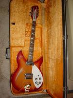 グレコ製のリッケンバッカーモデル(12弦ギター)