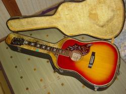 トムソン製フォークギター