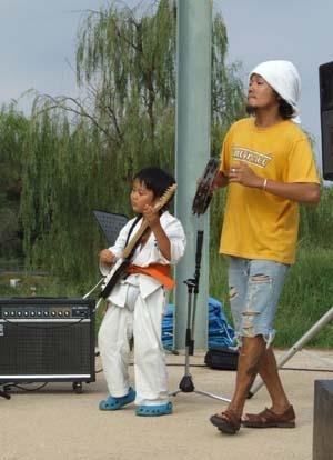 少年ギター