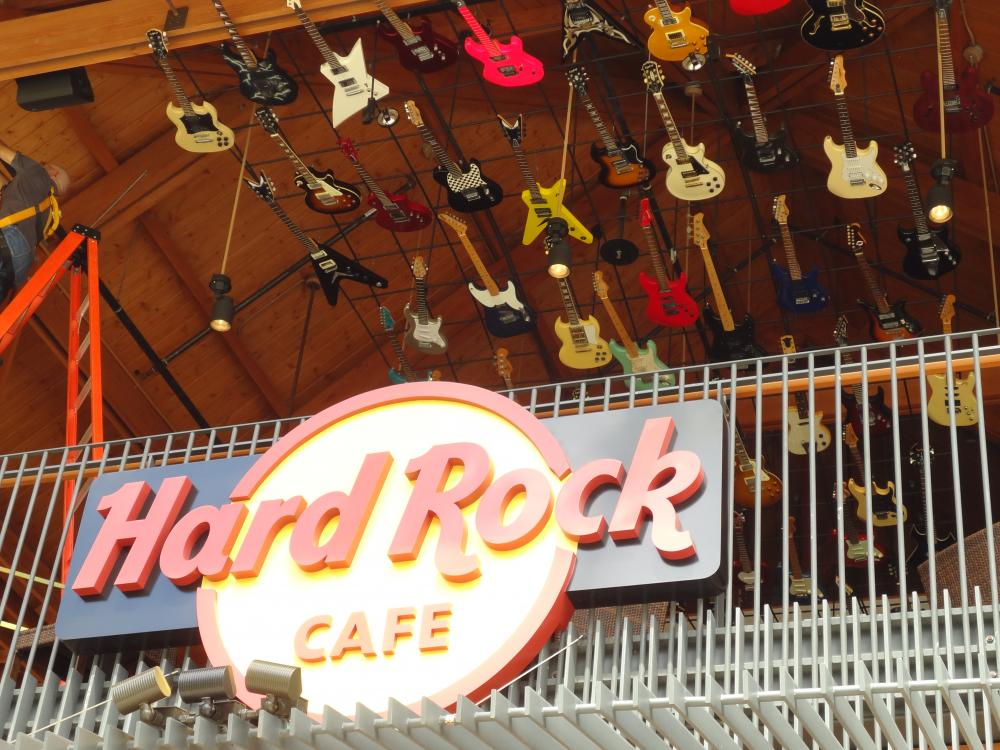 hard-rock-cafe2