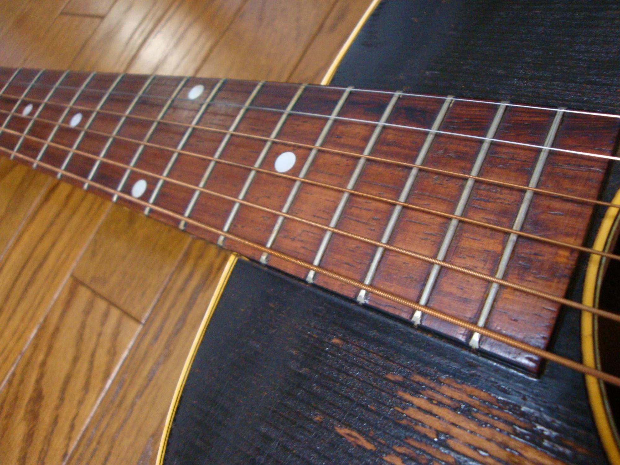LG-2_neck