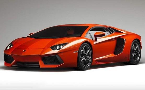2012_Lamborghini_AventadorLP70044.jpg