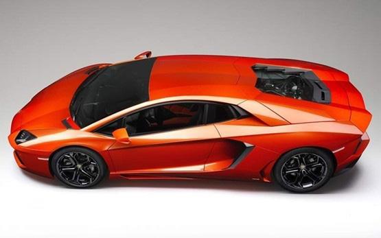 2012_Lamborghini_AventadorLP70045.jpg
