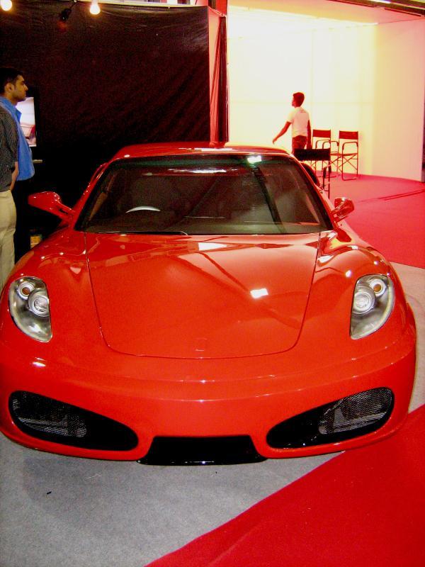 Toyota-Corolla-Ferrari-Replica-4_convert_20110325121823.jpg