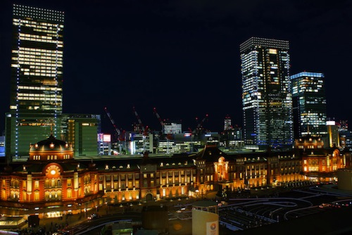 1024px-The_night_view_of_Tokyo_station.jpg