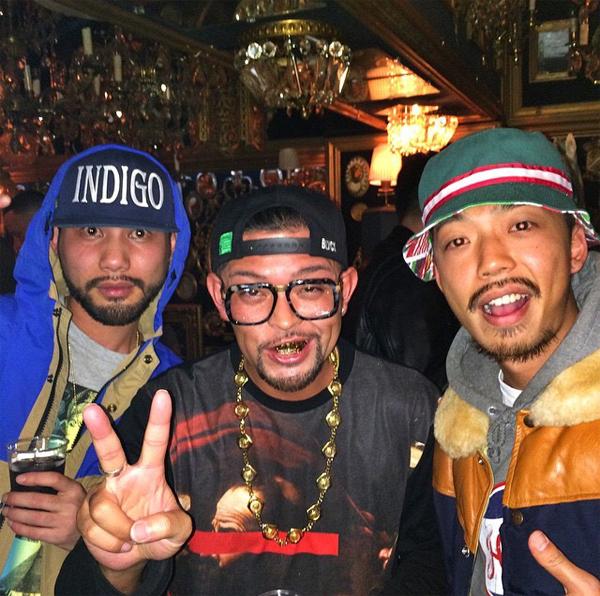 party_1_blackscale_1.jpg