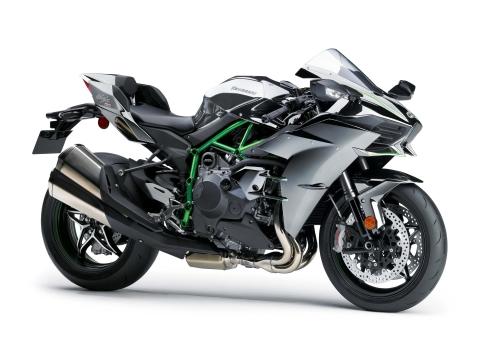 2015-Kawasaki-Ninja-H2-28.jpg