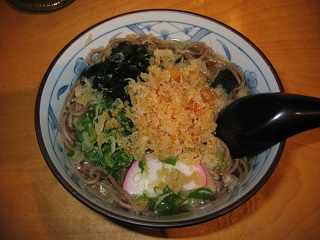 800px-Tanuki_soba_by_rhosoi_in_Cupertino,_CA[1]