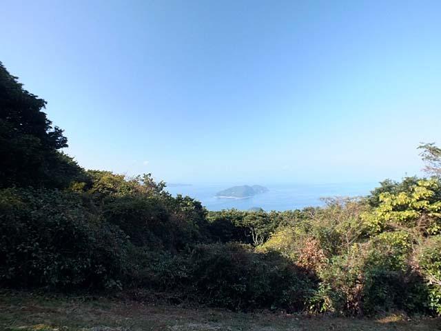 湯川山登山頂(45247 byte)