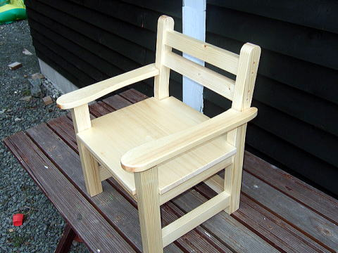 kids_chair2.jpg