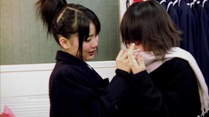 泣く前田敦子(2)
