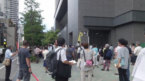 関西電力本店前・2012/8/17(1)