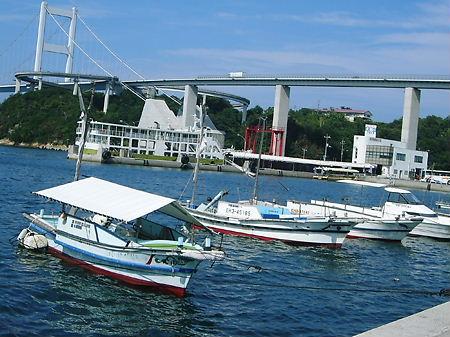 大島の下田水港