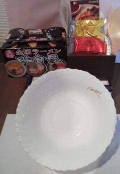 20131117お皿にラーメン お菓子