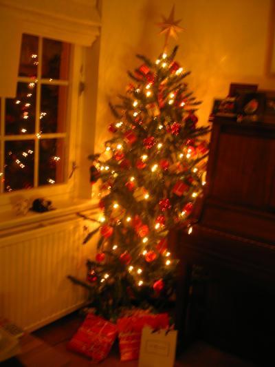 Christmas_convert_20111216023914.jpg