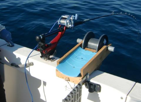 イカ釣り機