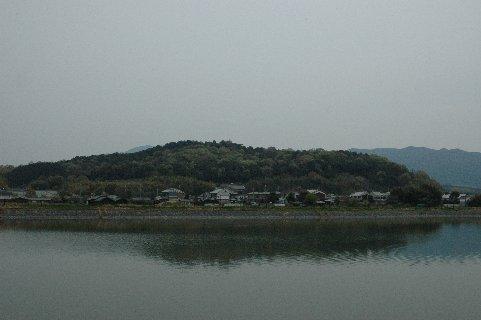 高所池からみた天香久山