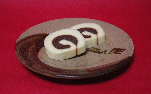 一六タルトon束熨斗文皿