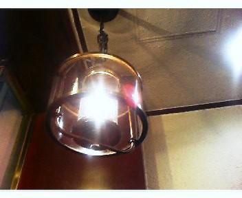 クラシックな茶店の灯火