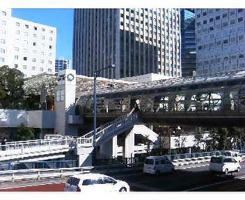 大崎駅東口側