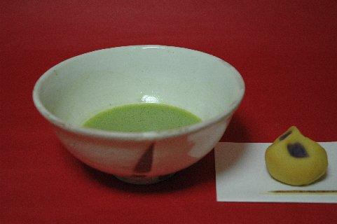 粉引茶碗と上生菓子
