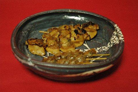 焼き蛤on鼠志野四方鉢