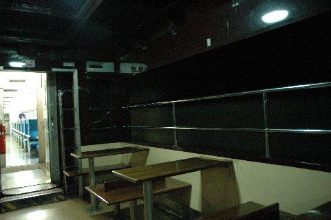 沢入駅と神戸駅の間の長いトンネルの中