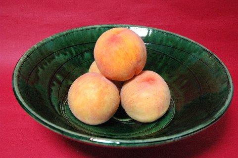 黄金桃in総織部大鉢