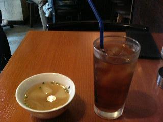 ウーロンティとスープ